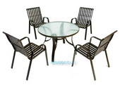 露天陽傘桌椅